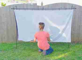 What Is The Best Material For An Outdoor Movie Projector Screen